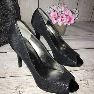 Nine West Black Heel Open Toe with Silver Threads!